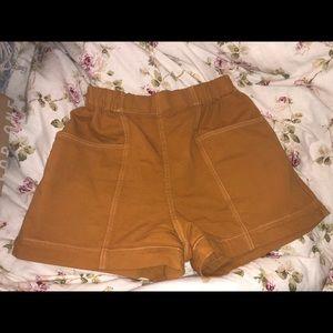 UNIQLO mom shorts - yellow